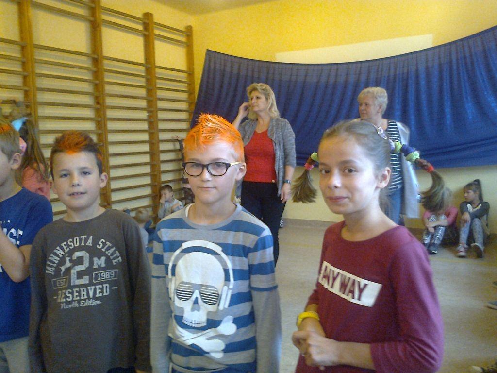 Dzień Zwariowanej Fryzury Zespół Szkolno Przedszkolny W